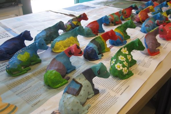 Foto Van Net Geschilderde Koeien Tijdens Workshop Koe Schilderen Rotterdam