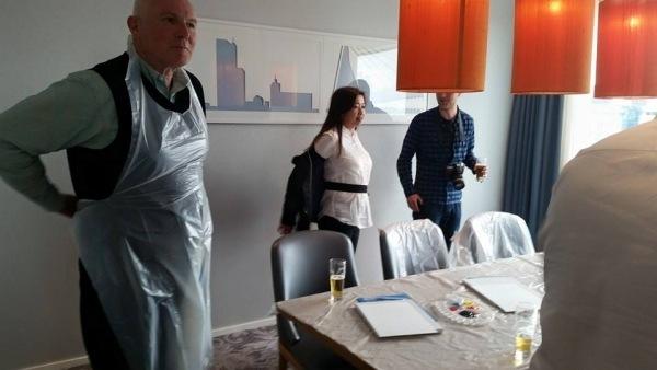 Teamfoto Tijdens Skyline Painting Bedrijfuitje Rotterdam Business Events