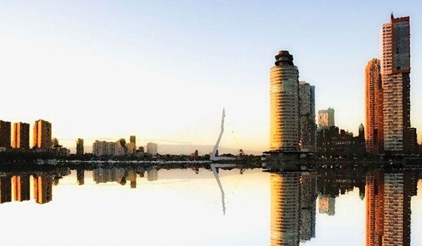 Foto Skyline Painting Bedrijfsuitje In Rotterdam