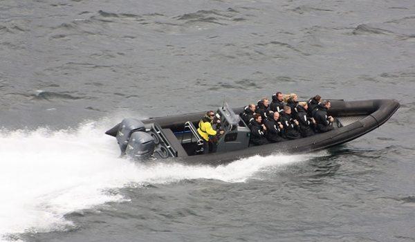 Boot In Actie Tijdens Bedrijfsuitje Rib Boot Varen